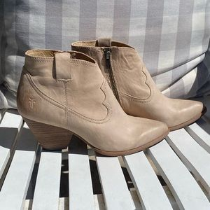 FRYE Reina ankle boots 8M leather booties